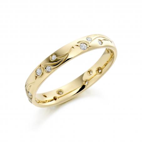 9ct Yellow Gold Diamond Vintage style Wedding Ring