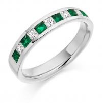 18ct Yellow Gold Diamond and Emerald Wedding Ring