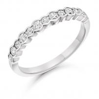 18ct Yellow Gold Multi Size Diamond Wedding Ring