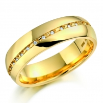 18ct Yellow Gold Wave Set Diamond Wedding Ring