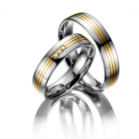 18ct Two-Colour Matching His and Hers Wedding Ring Set