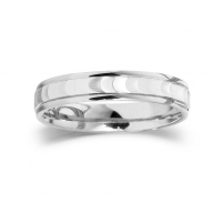 9ct White Gold Patterned Gents Wedding Ring