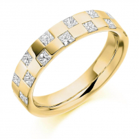 9ct Yellow Gold Princess Cut Diamond Wedding Ring