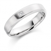 Platinum Single Princess Cut Diamond Wedding Ring